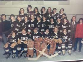 First DeSmet Hockey team, 71-72 season yearbook photo.jpg