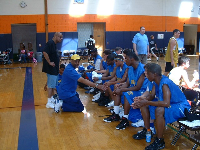 16U Bull Dog Hoops Team