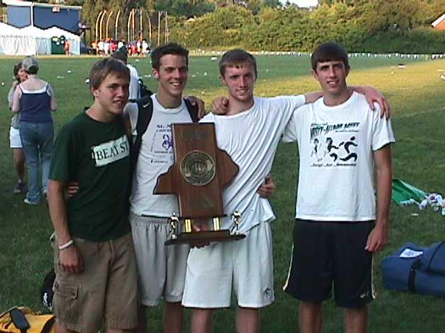 4 X 800 Team with state trophy