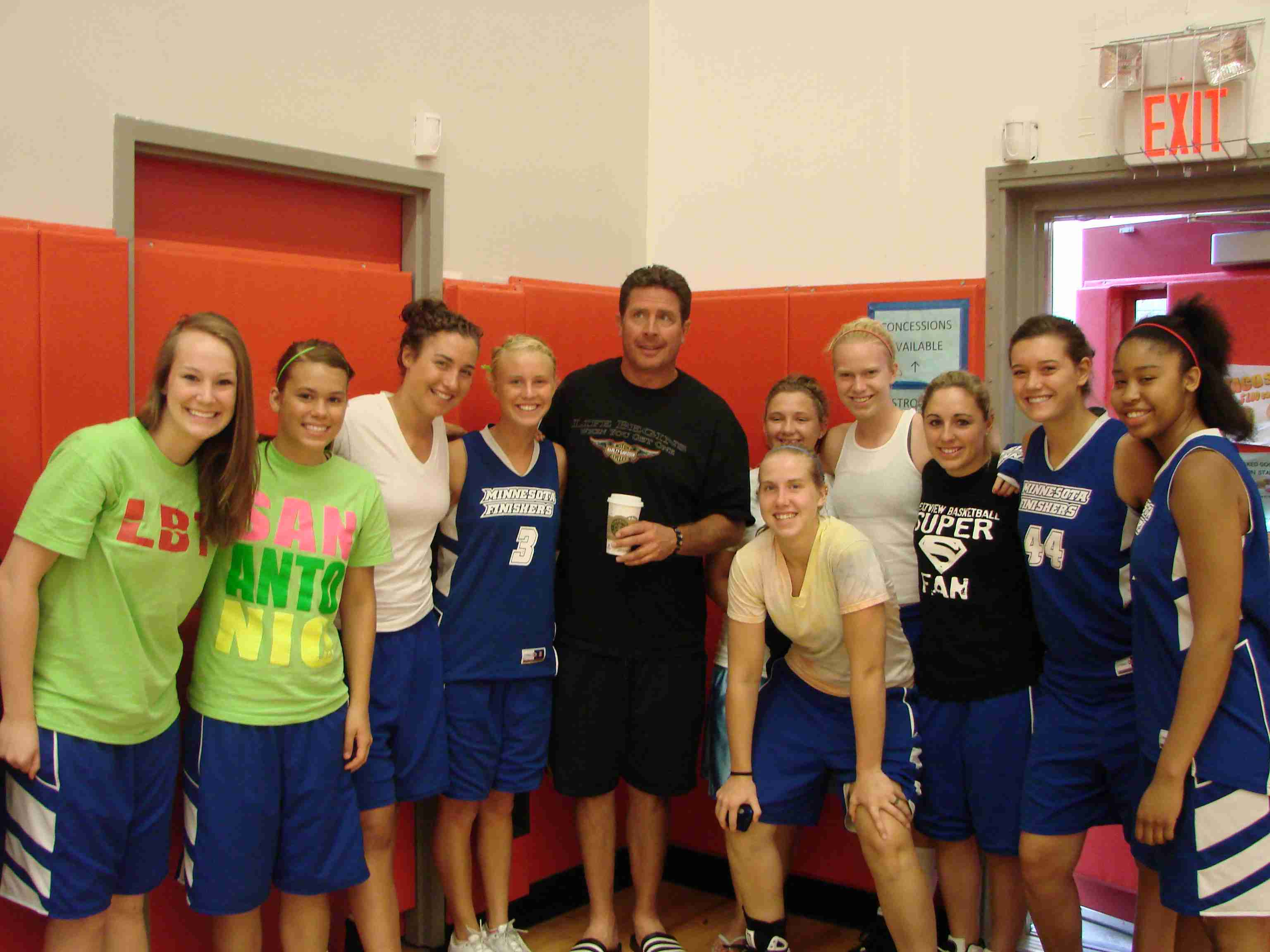 Finishers meet Dan Marino