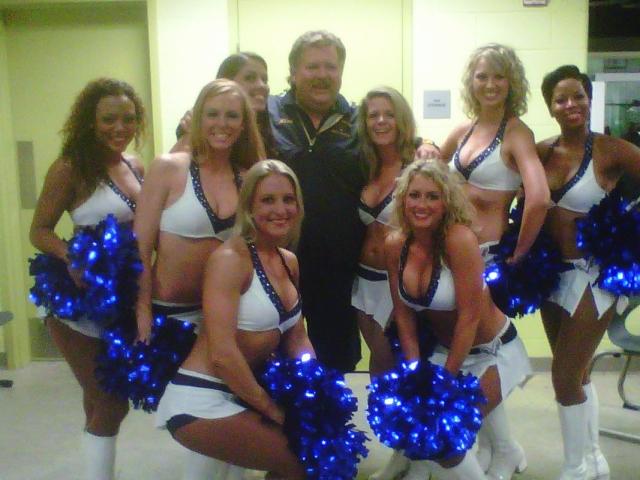 Chicks Cheerleaders2 [640x480].jpg