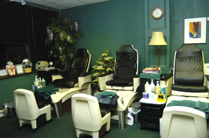Lynn's Day Spas for Men and Women