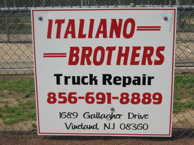 Italiano Brosther Truck Repair