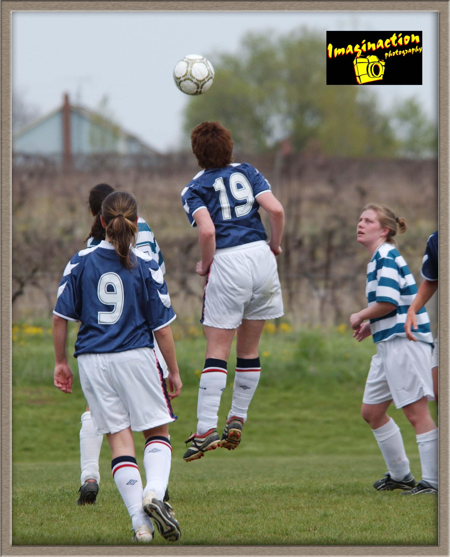 U16 Girls Action 2003