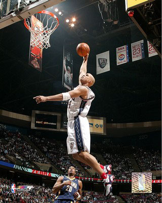 Richard Jefferson Dunks 2