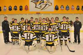 2015-2016 HHS Hockey Team.jpg