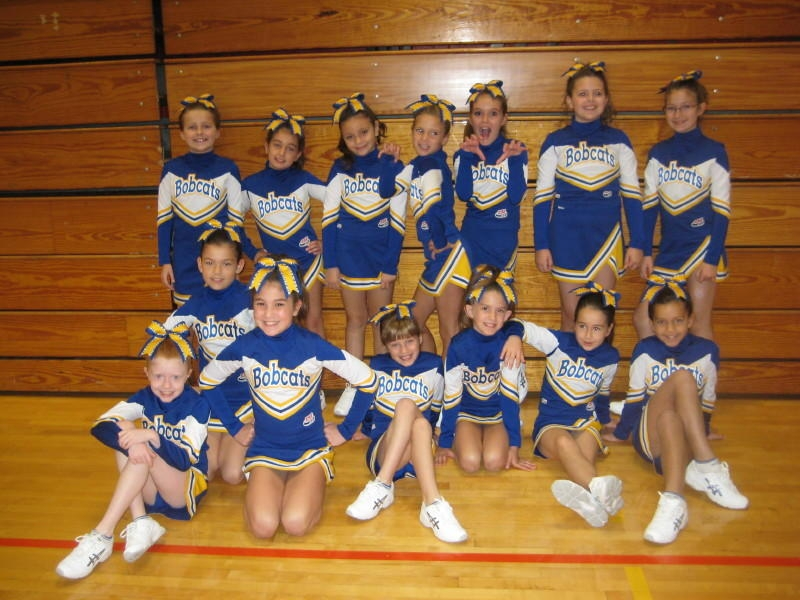 2010 Jr. Pee Wee Cheerleaders
