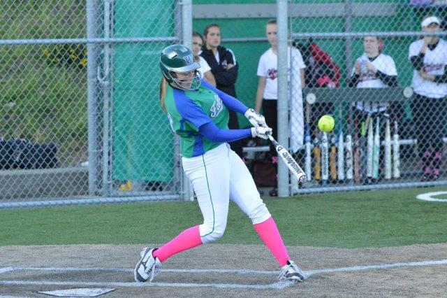 Alyssa HR 1 of 2 vs Eastlake-small.jpg