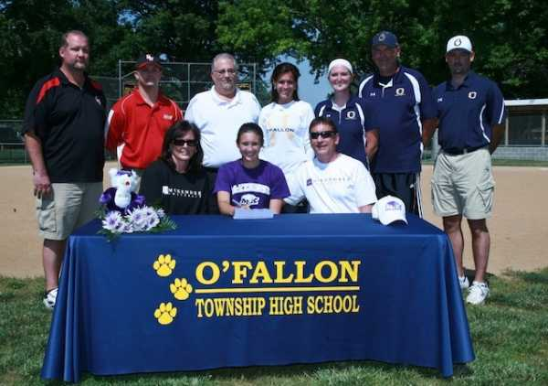 Taylor Barnouski signs with McKendree