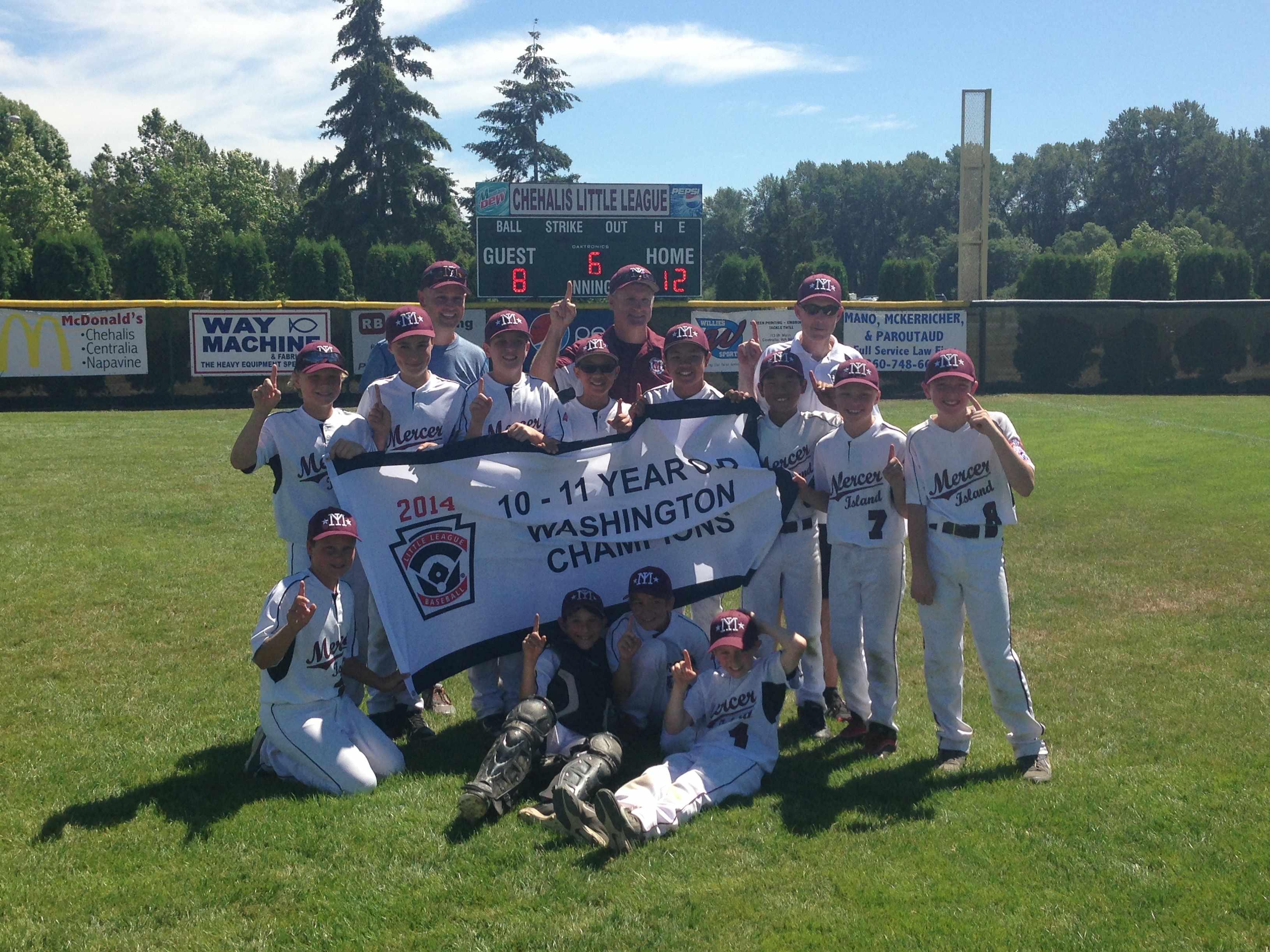 2014 11 State Champions.jpg
