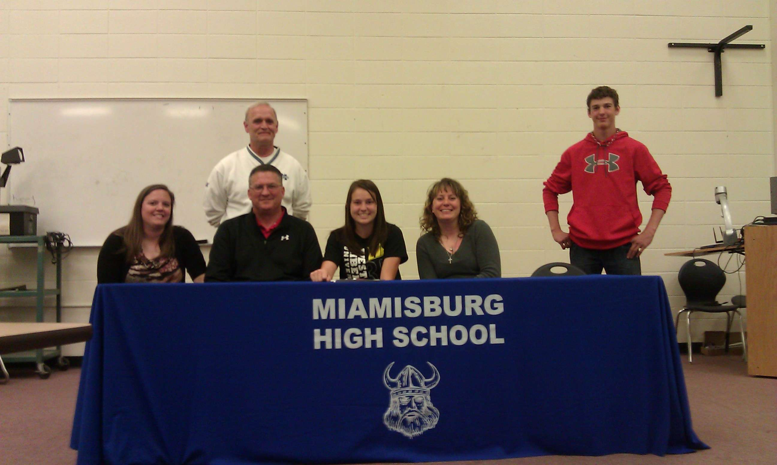 Lexi Robinson signing with West Liberty