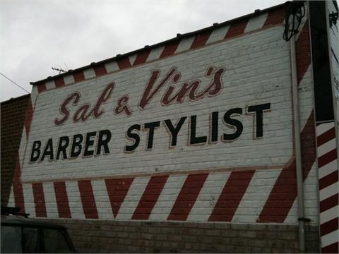 Sal & Vins Storefront