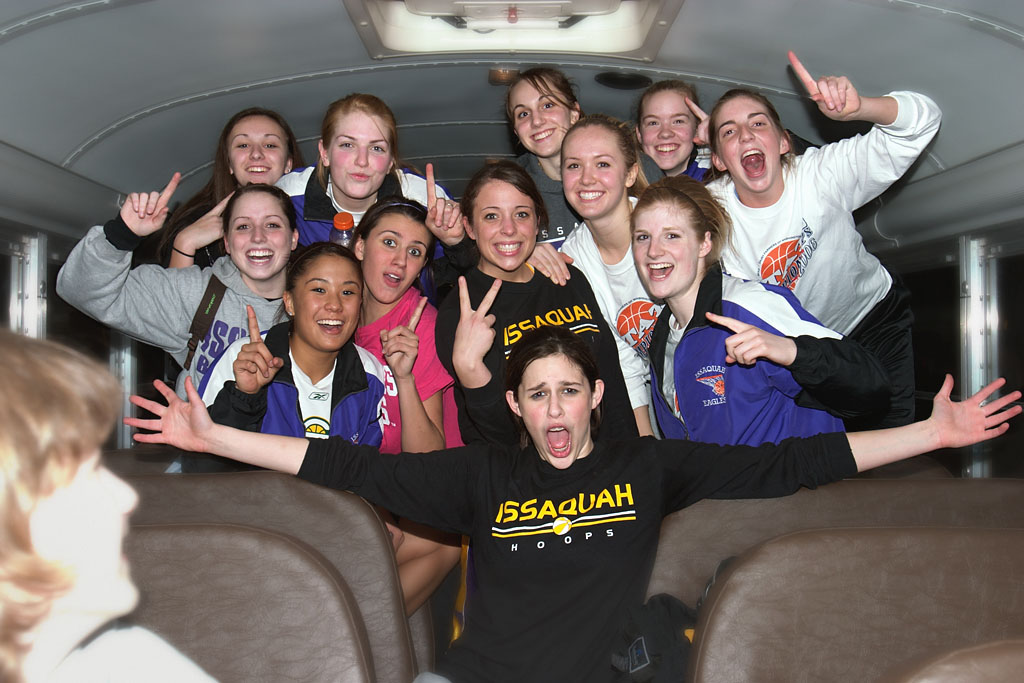 Goin' to the 'Ship on the Bus