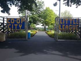 Coop LL Fields Entrance