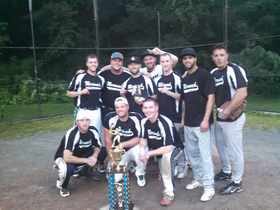 2014 Men's Softball Champs - The Bombers