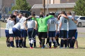 teampicture2013huddle