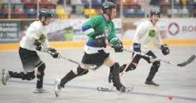 ballhockey1