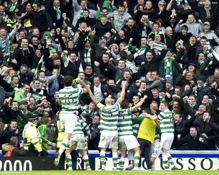 celtic fans.jpg