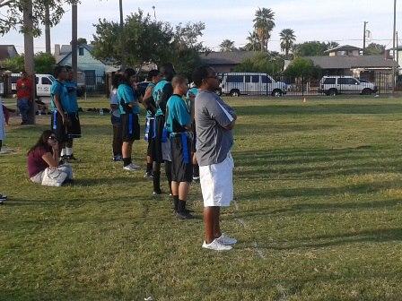 Maya fotball coach