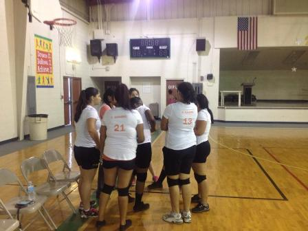 2014 VB BHS vs PHS I BHS huddle