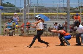 Amanda hitting