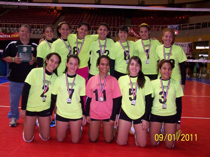 15 under champs Ponce Volleyball Fest 2011.jpg