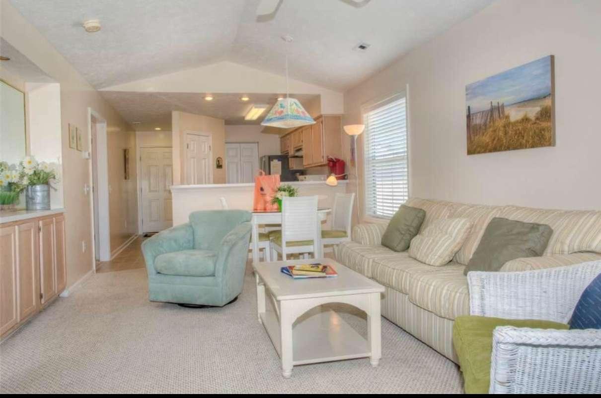 River Oaks 2 & 3 Bedroom Condos or Apmt
