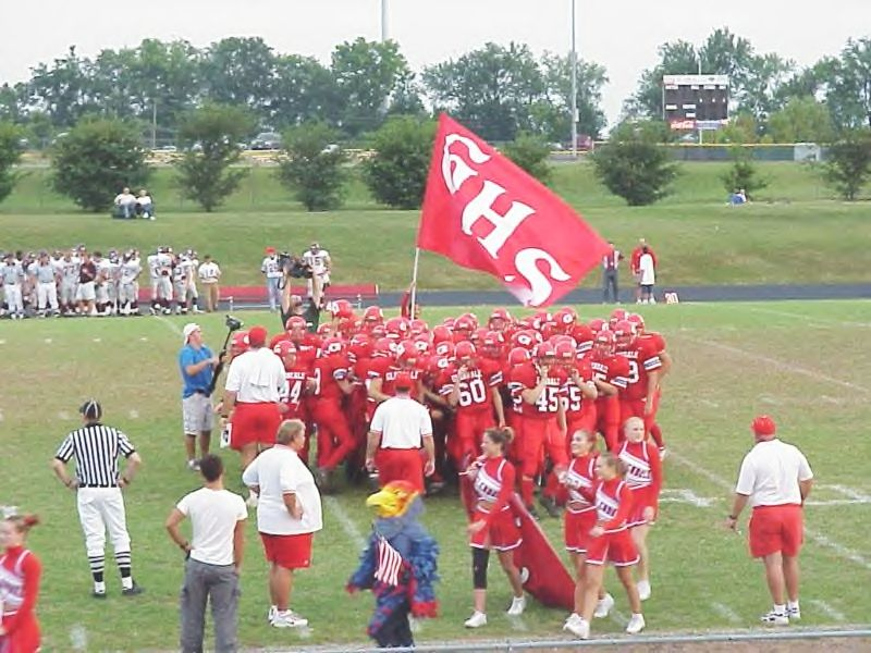 Glendale Football #2 Flag Waves