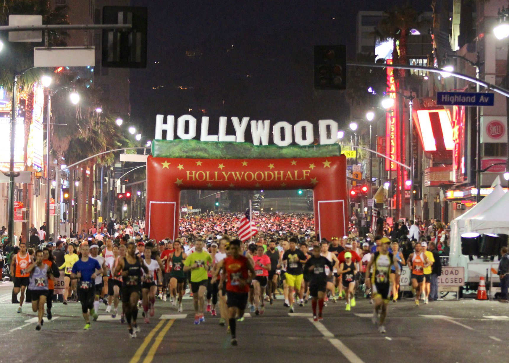 Hollywood half marathon hollywood california 472019 my best boulevard and the legendary sunset boulevard await the estimated 5000 or so runners expected to hit the streets at the hollywood half marathon malvernweather Images